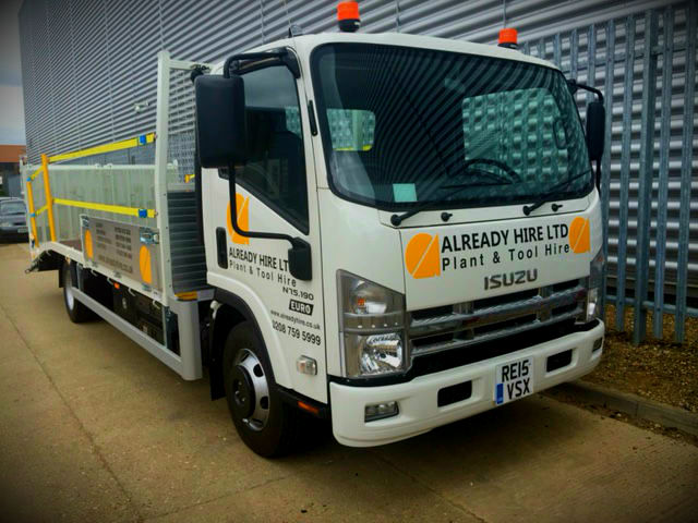 7.5t Beavertail by Shawtrack featuring full width ramps and crossrail compliance kit