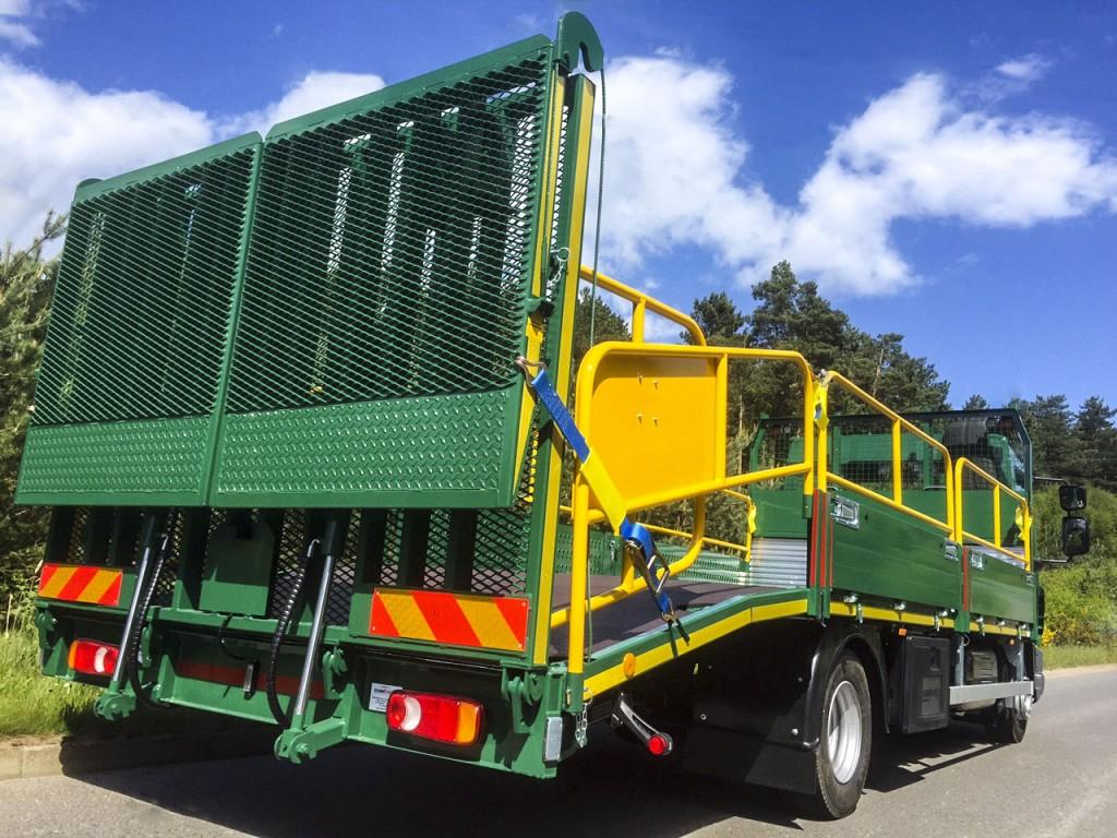 ... Travis Perkins 3 ... & 8 New trucks for Travis Perkins and Keyline | Shawtrack