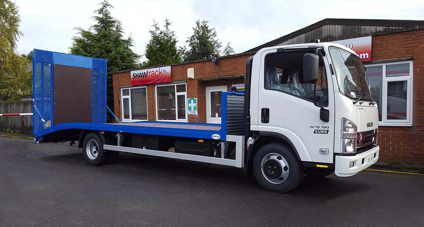 M and J Hire Centres 7.5t low profile beavertail