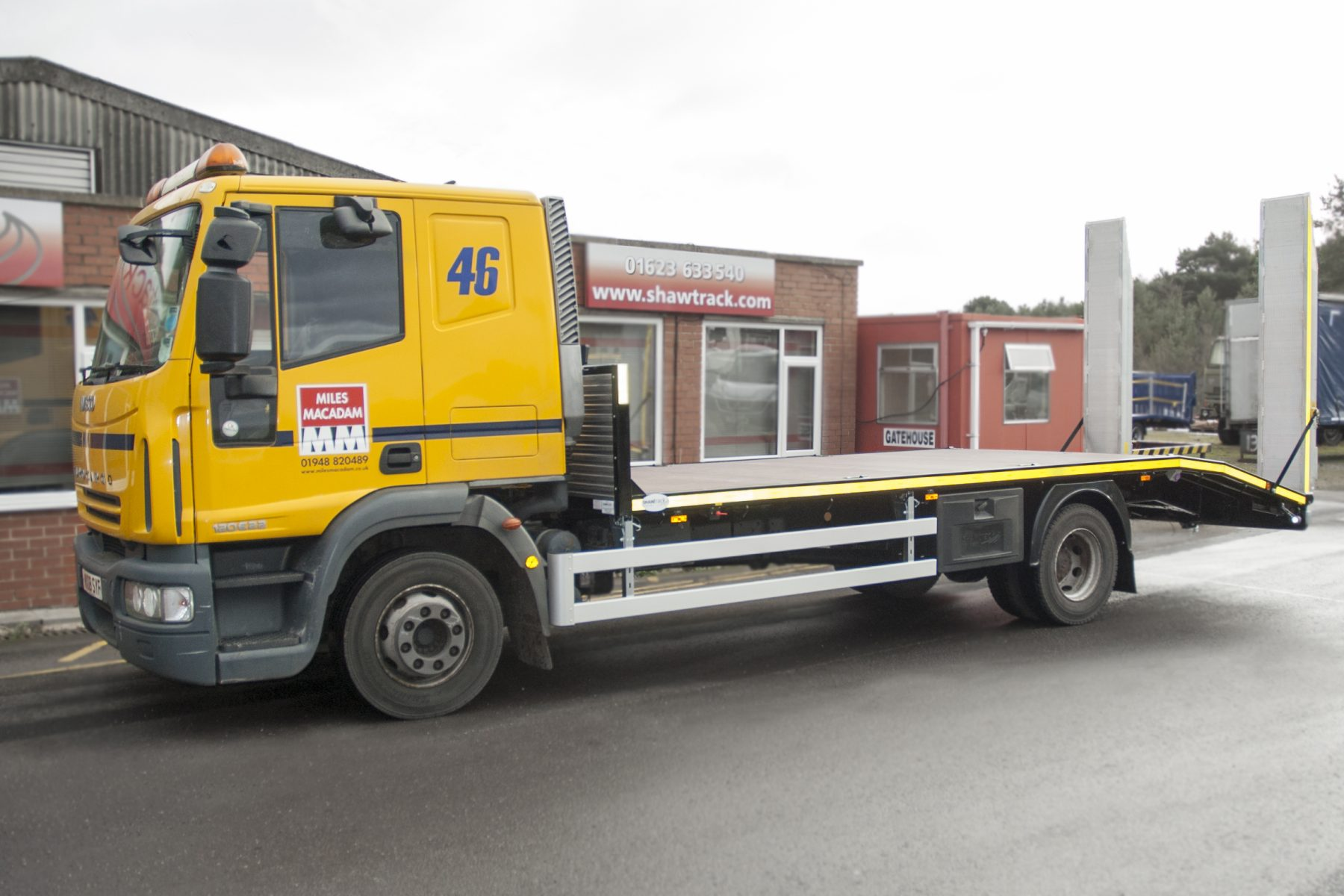 12 tonne with slide together ramps