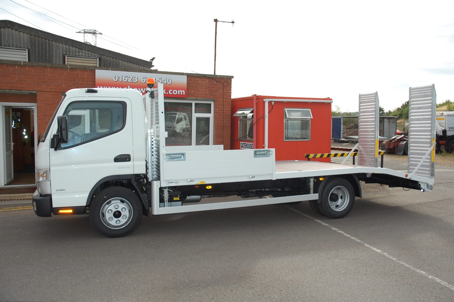 FTH Hire Group order 7.5t lightweight beavertail